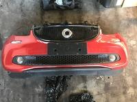 Передний бампер с решеткой в сборе Smart 453 Forfour новый