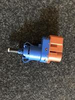 Датчик сенсор ускорения Fiat 500ED 68073423AA