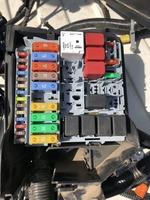 Блок предохранителей Fiat 500E 34F250004